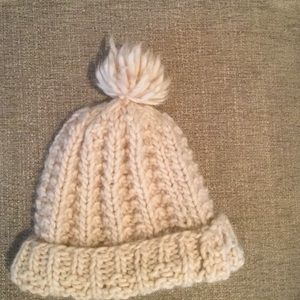 Handcrafted wool tuque